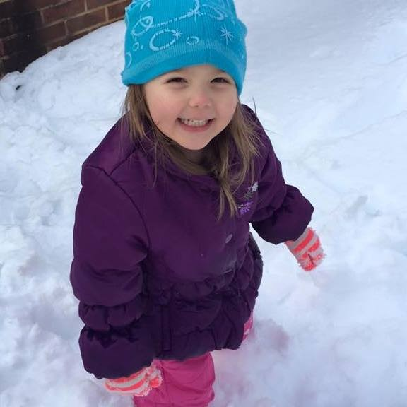 How to Keep Your Child Warm and Safe in the Winter